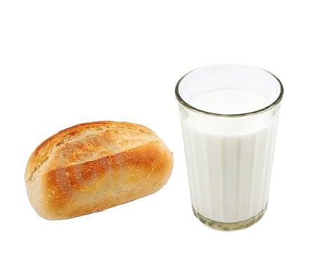 children receiving only milk n bread for lunch